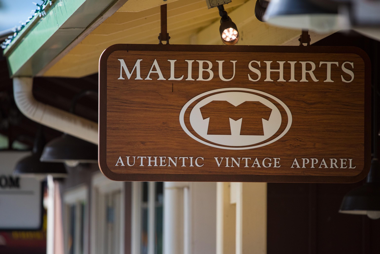 Malibu Shirts Sign