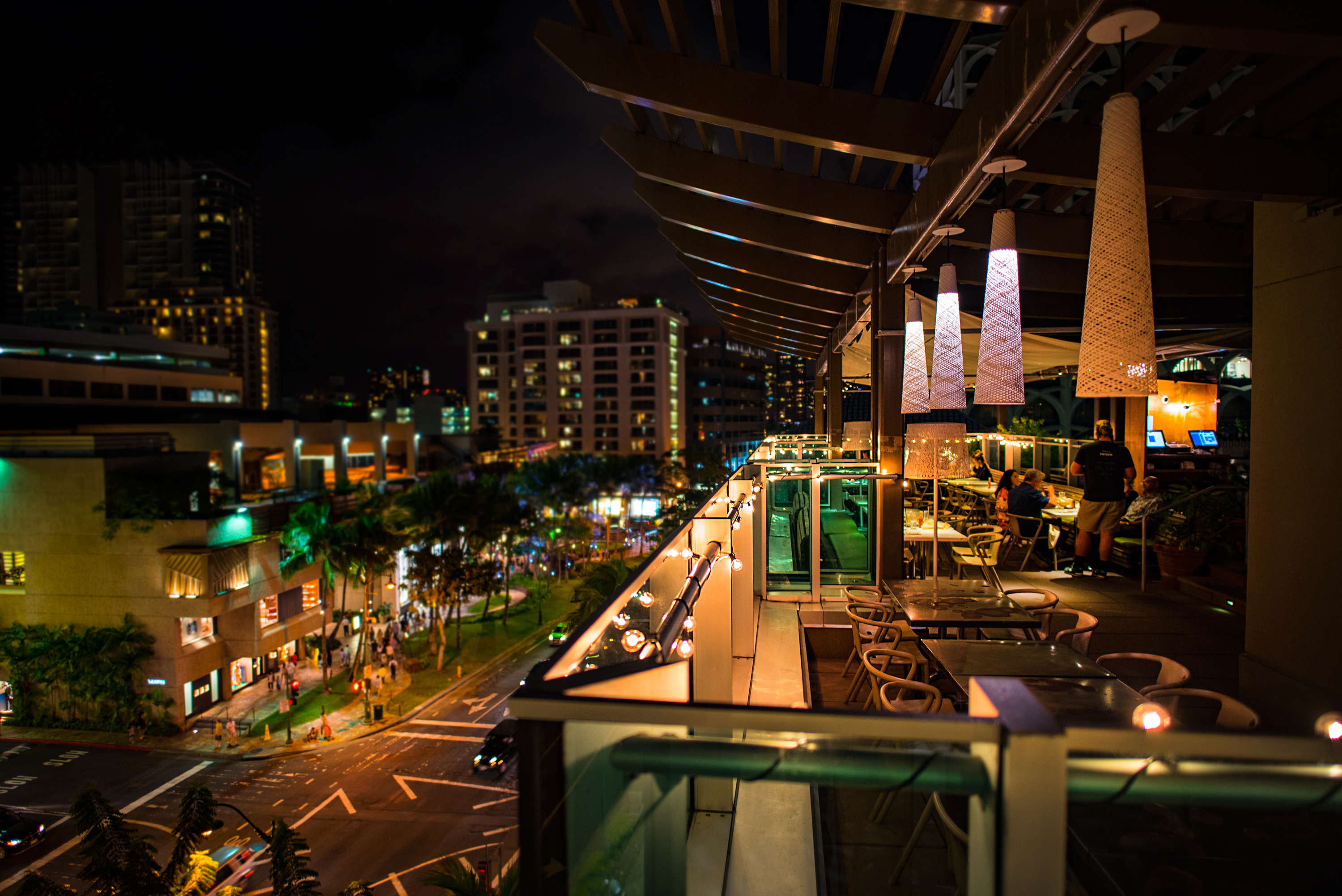 Night Scene in Waikiki