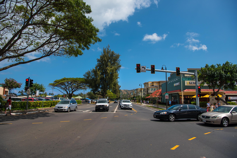 Across Kailua Road