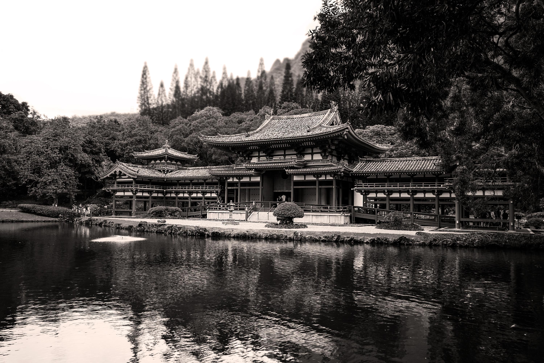 Monochrome Byodo-In Temple