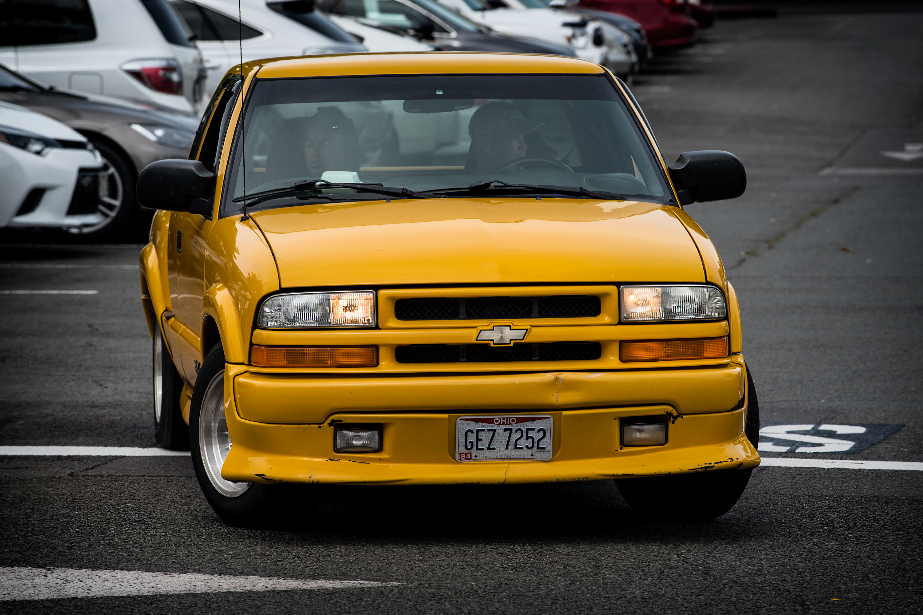 Yellow Chevy S10 Photo By Wavees