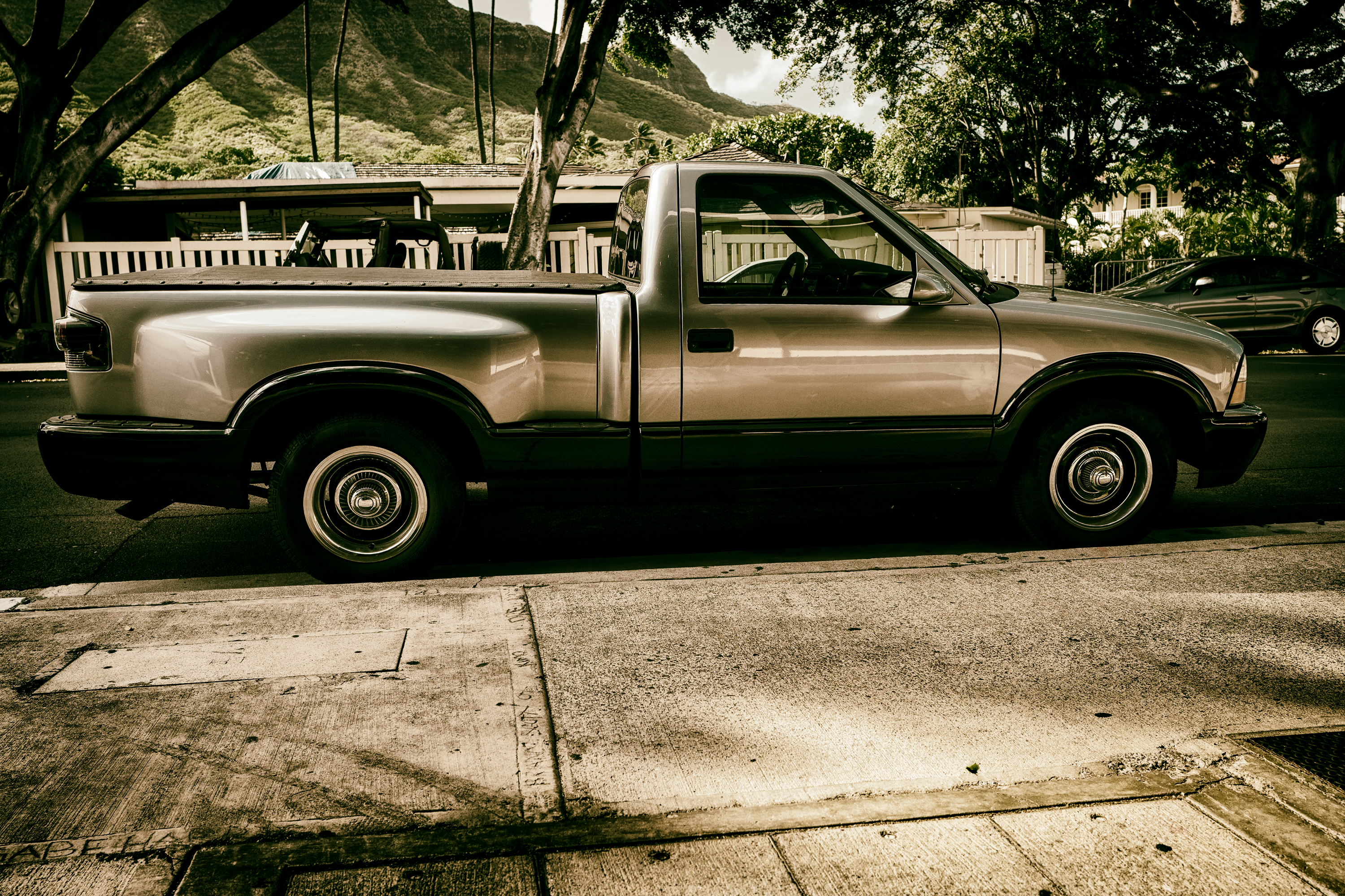 Chevy S10 Sports Side