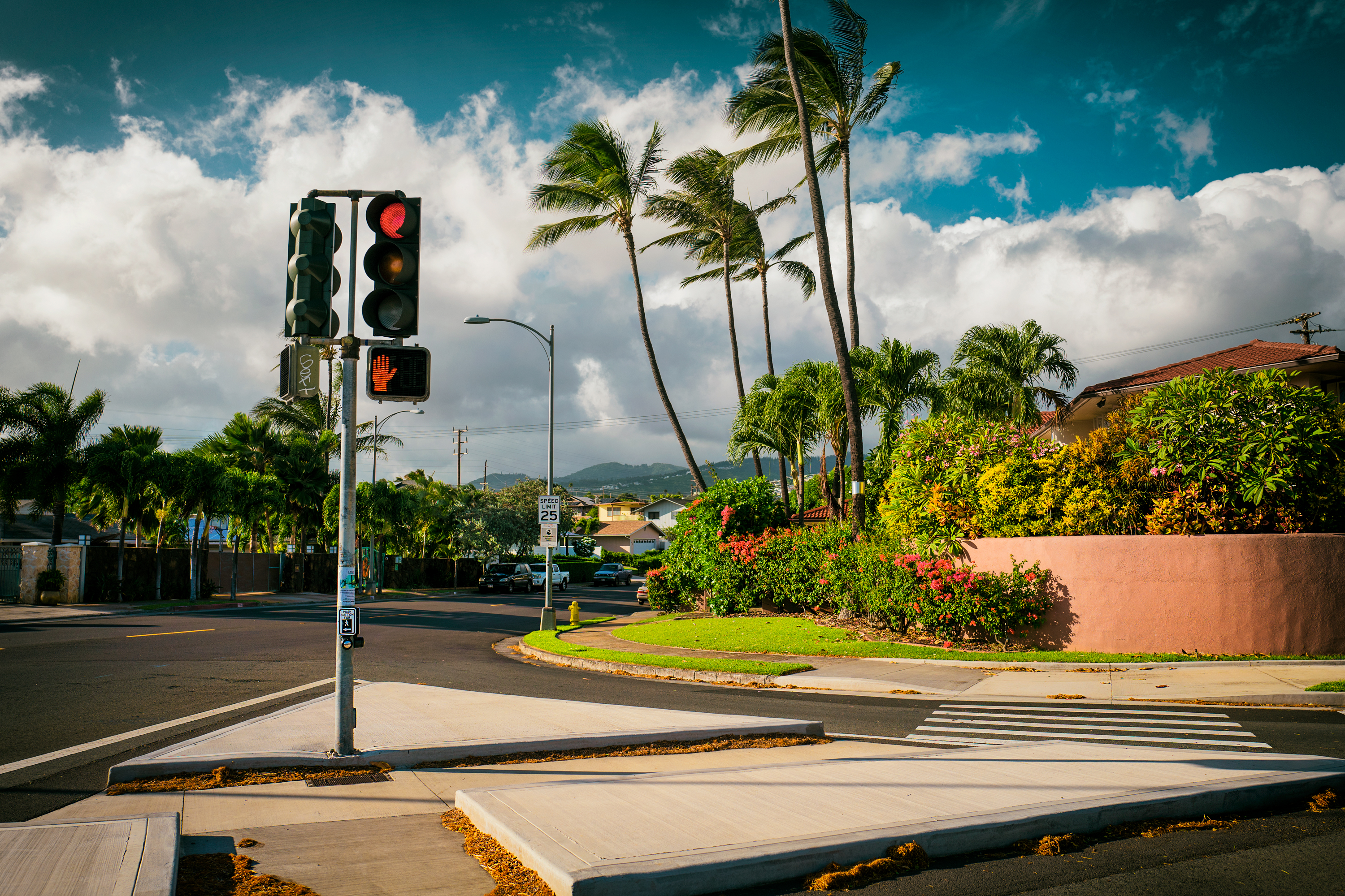 Right Turn Lane, Kahala