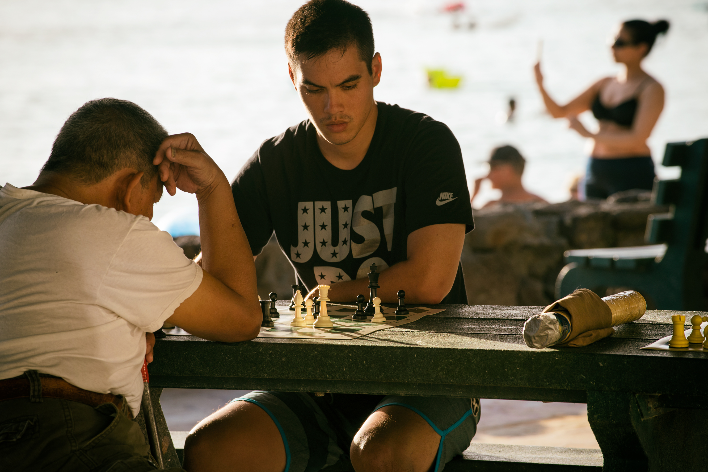 Play Chess at Waikiki Beach