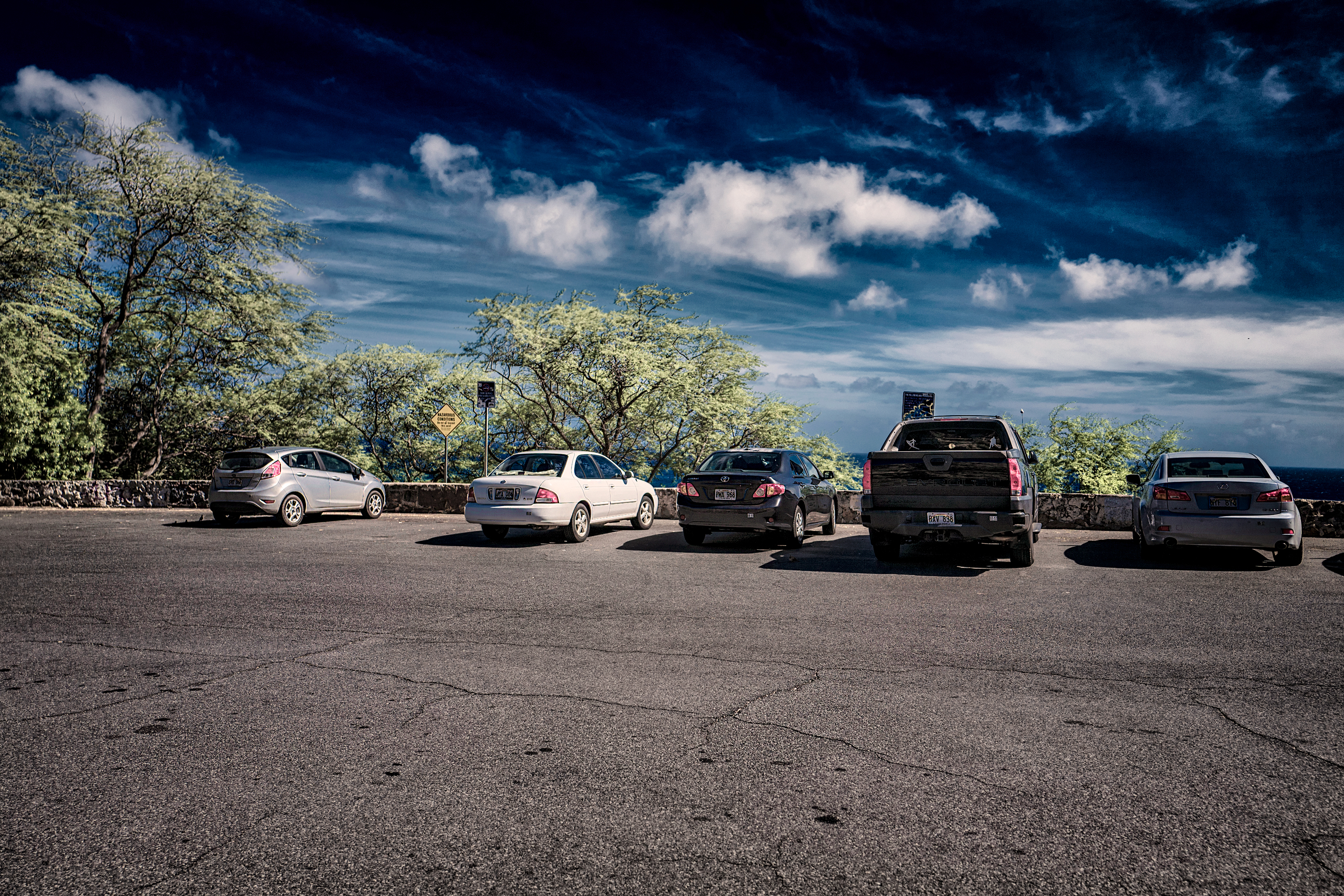 Diamondhead Beachpark Parking