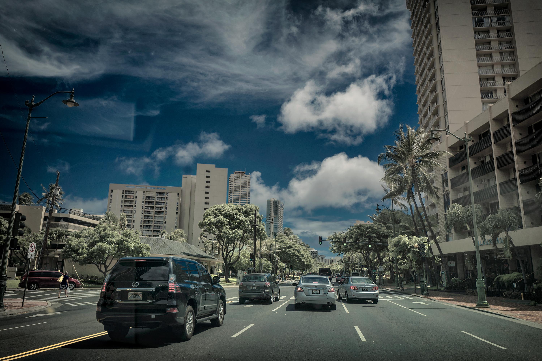 Kalakaua Ave.
