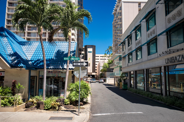 Royal Hawaiian Ave.