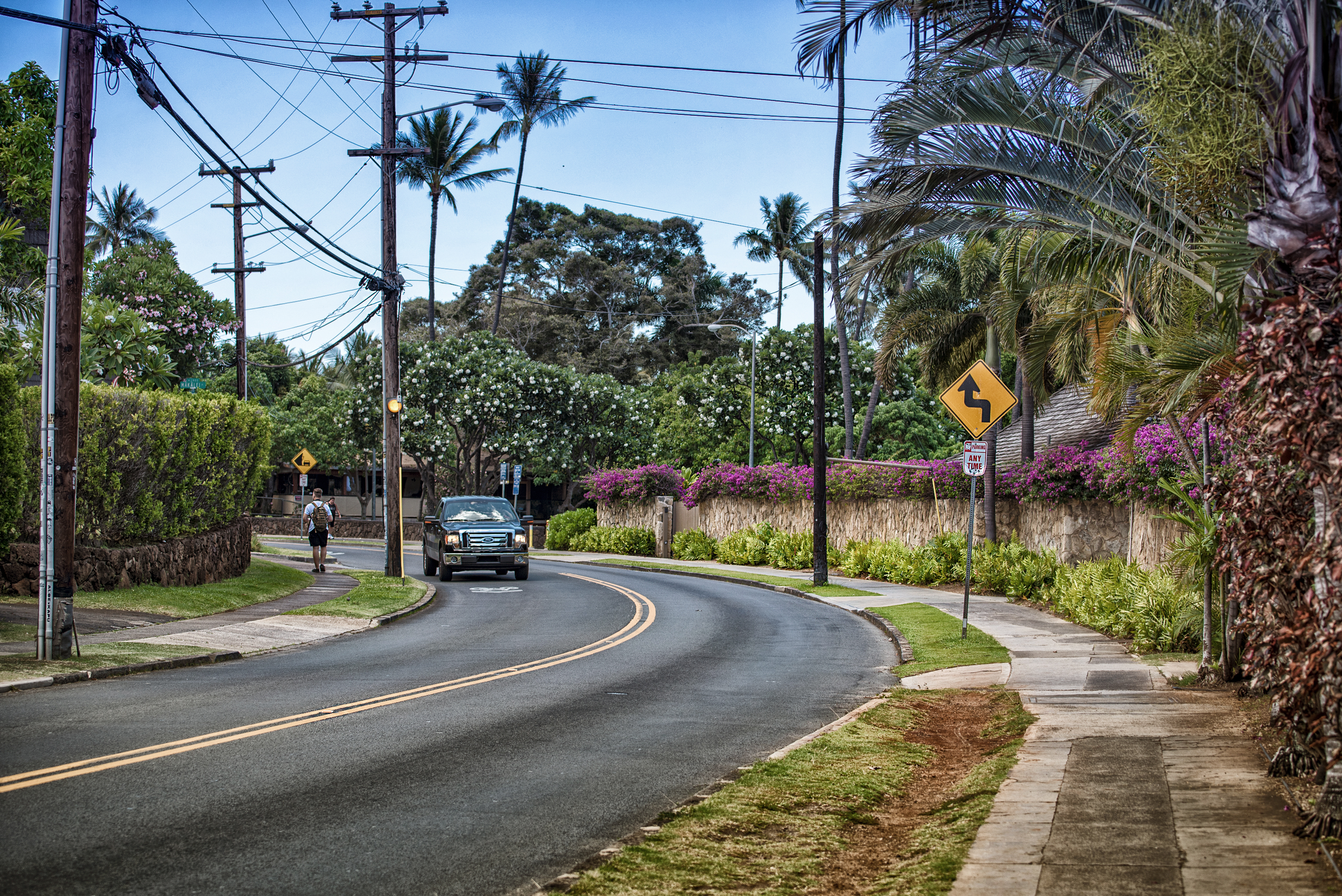 Diamond Head Rd.