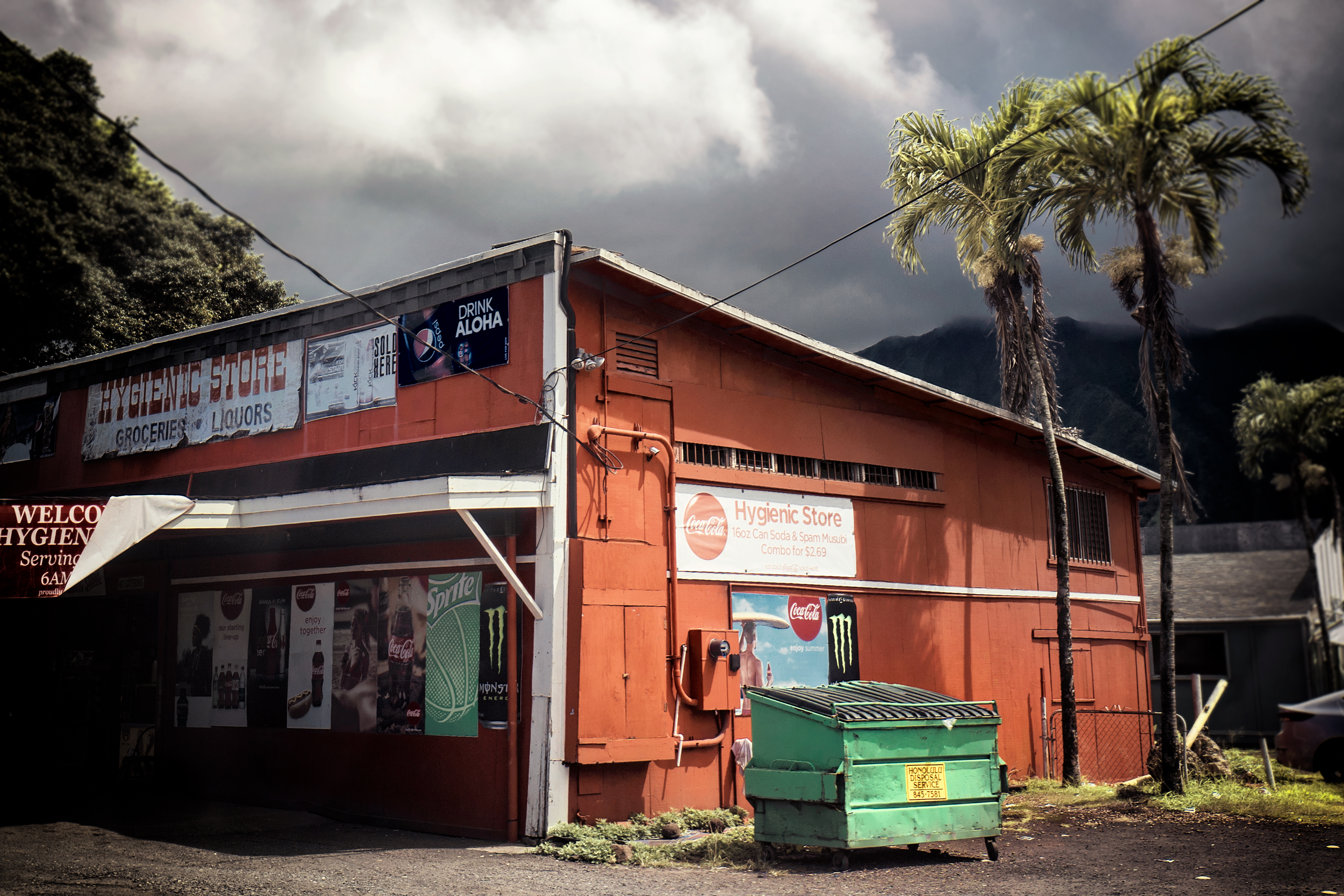Local Store, Windward