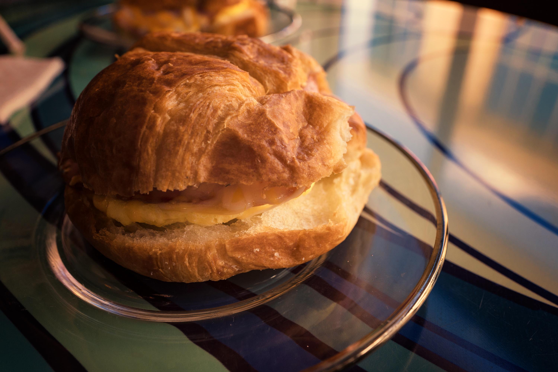 Croissant Sand