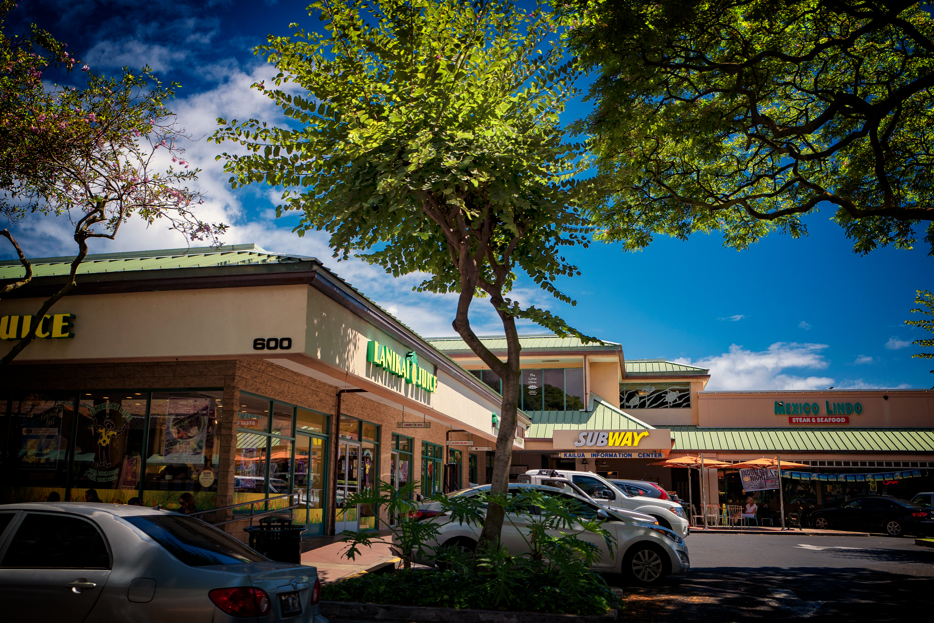 Kailua Shopping Center